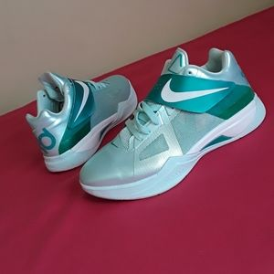 Women's Nike Kd IV Easter Mint Candy SIZE 7.5